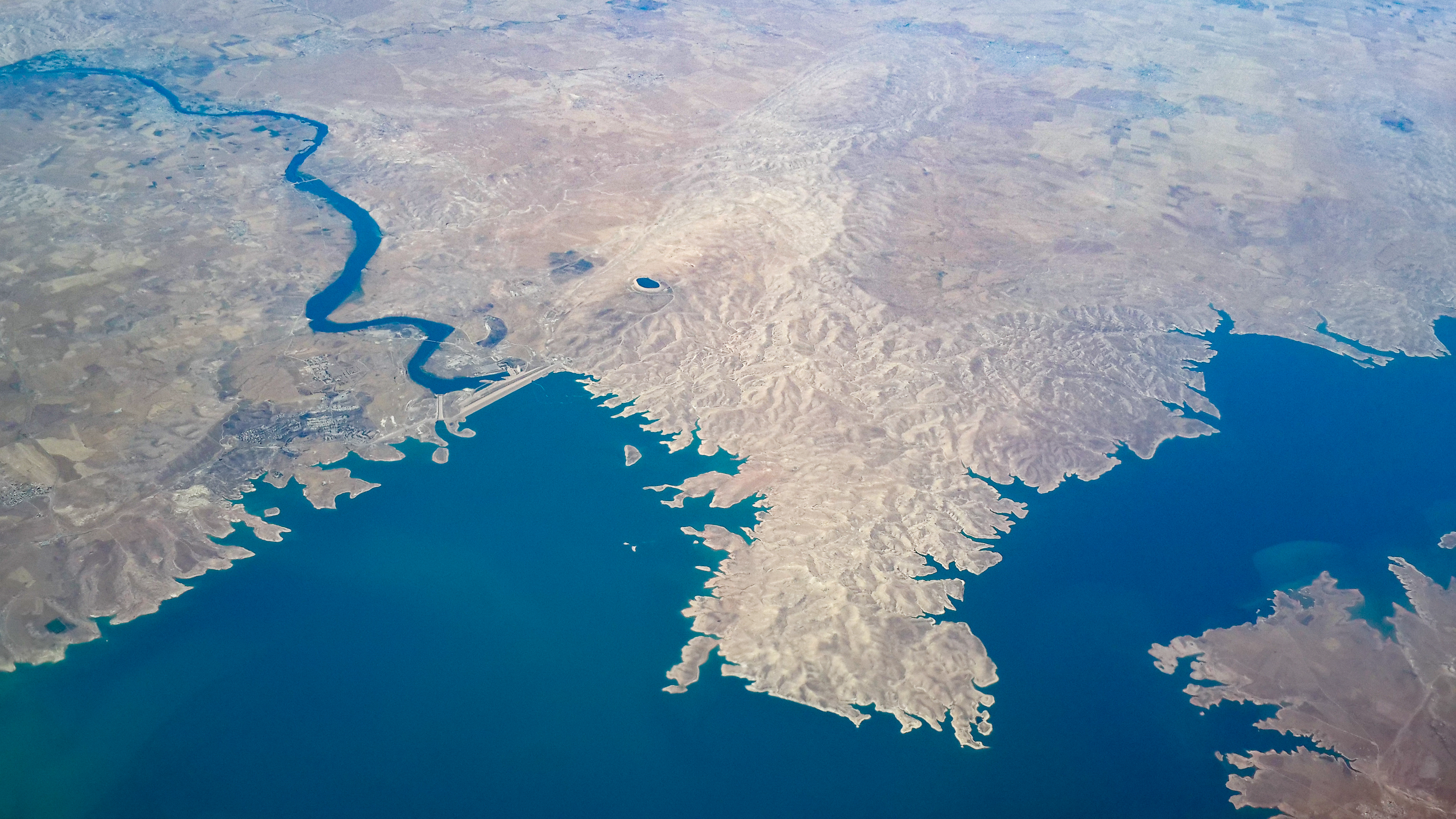 aerial_view_of_mosul_dam